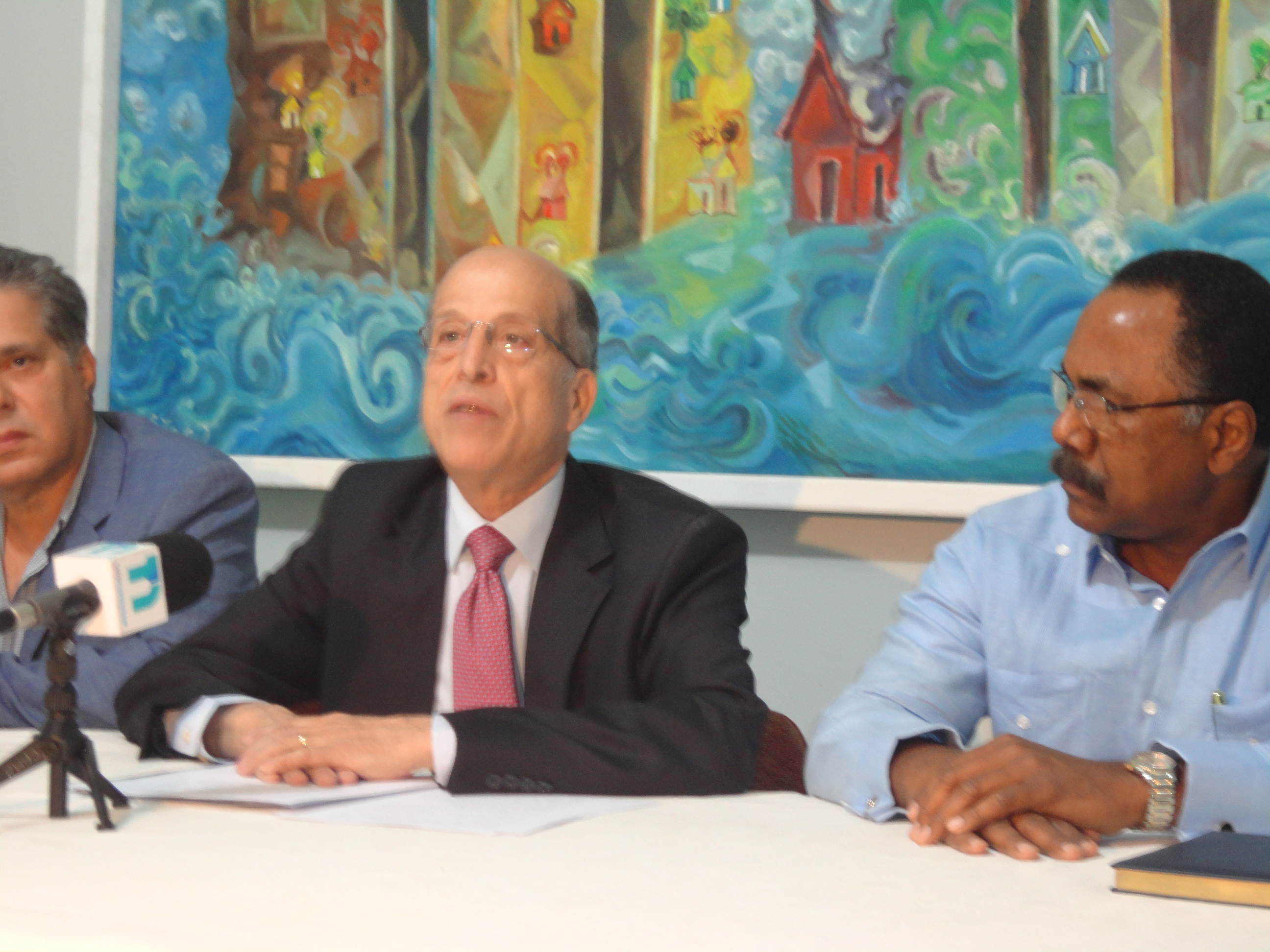 Max propone monotributo para integrar informales y PYMES a la seguridad social