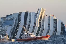 Cuatro dominicanos viajaban en el crucero inmovilizado en Italia