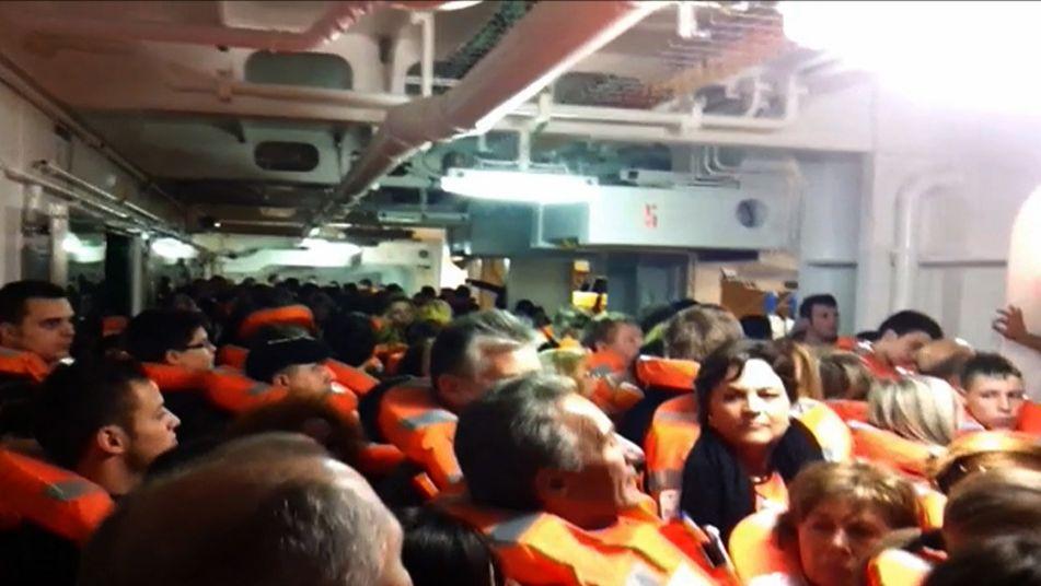 Costa Cruceros pagará dinero y daños a los pasajeros del Costa Concordia