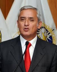 Presidente de Guatemala instó Ejército a trabajar contra el crimen organizado