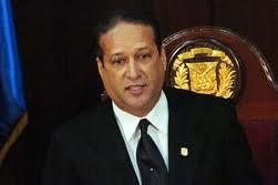 Reinaldo Pared reprobó actitud de legislador haitiano por retirar foto de Juan Bosch