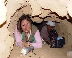 Dominicanos hallan una estela de granito de hace unos de 2,200 años en Egipto