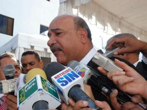 Varios funcionarios apoyan observaciones de Medina al Código Penal