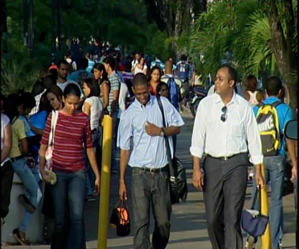 Desempleo America Latina subirá a 6.6% en 2015