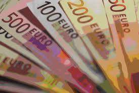 Bajos precios del petróleo y depreciación euro impulsan la economía de la UE