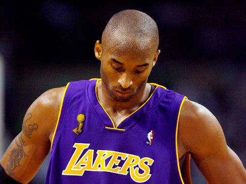 Kobe Bryant pide expulsión de Sterling y patrocinadores abandonan a los Clippers