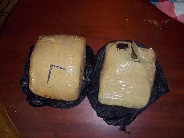 Decomisan 240 libras de marihuana al apresar hombre trafica drogas desde Haití