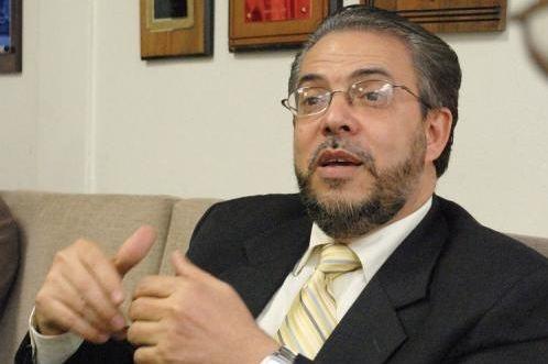 Moreno pide auditoría a construcción de la Circunvalación de Santiago