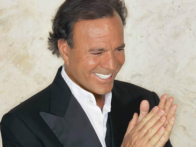 Julio Iglesias estrena mañana