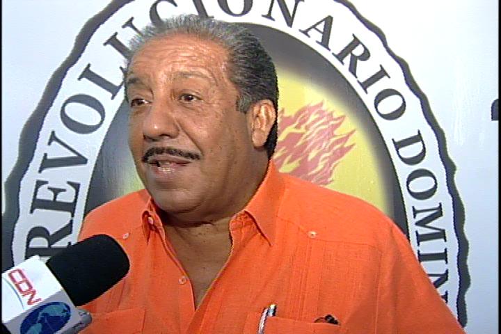 Dirigentes perredeístas insisten: a Miguel Vargas hay que sacarlo del PRD