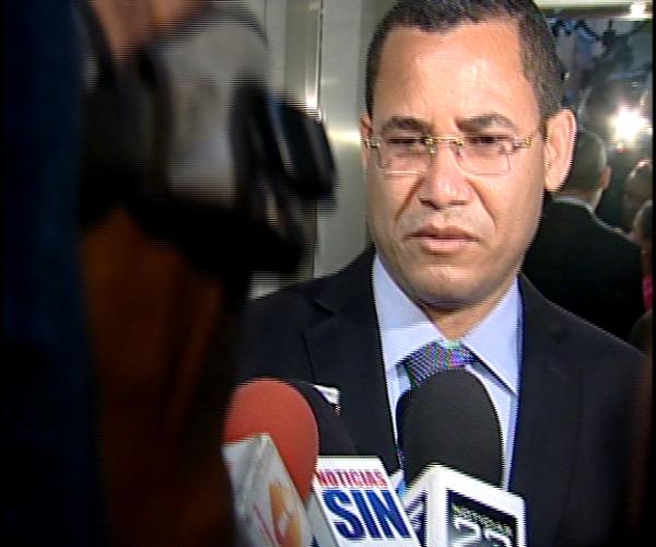 Eddy Olivares dice se siente excluido de algunas decisiones que toma la JCE