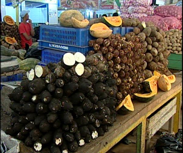 Quejas de alzas en precios de productos de primera necesidad