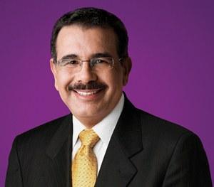 Integran comisión para traspaso de mando a Danilo Medina
