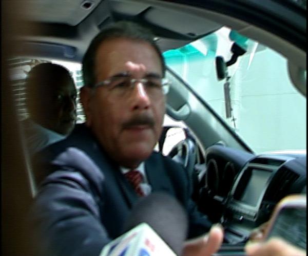 Danilo Medina rehúsa referirse a temas post electorales