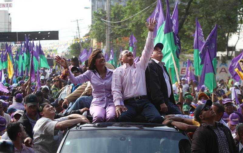 Candidato oficialista dice ganará elecciones y hará Gobierno de unidad
