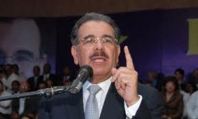 Danilo Medina promete Asociaciones de Bancas ayudar ese sector en un gobierno suyo