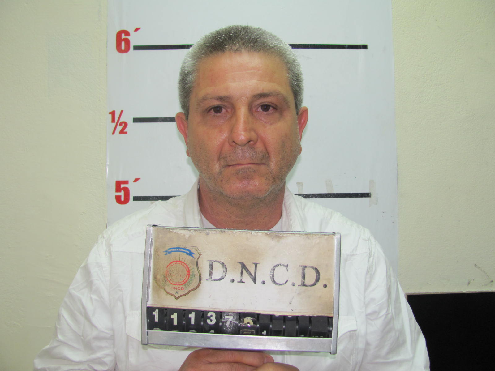 Arrestan supuesto narcotraficante italiano en el AILA