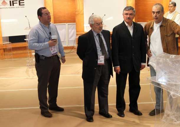 México celebra primer debate televisado entre los 4 aspirantes a Presidencia