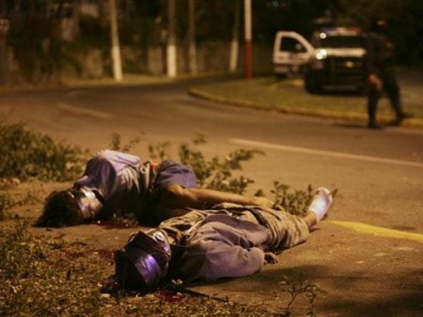 Sube a 49 cifra de cuerpos mutilados hallados en carretera de norte de México