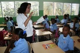Estudiantes escuela Monte Adentro en Haina atemorizados luego de que pared del plantel se desplomara