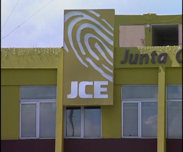 Delegado PRD ante JCE denuncia no les están entregando ruta en que transportan materiales