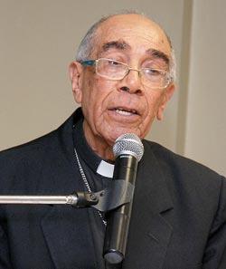 El papa acepta la renuncia del obispo De Jesús Moya de RD