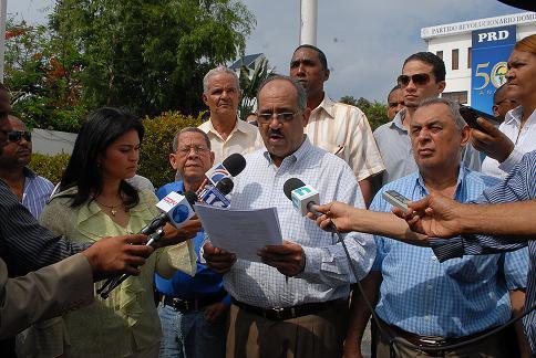 Frente Agropecuario del PRD pide renuncia de Miguel Vargas como presidente de la organización