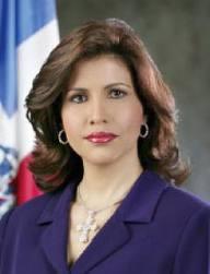 Primera Dama presenta certificación la desvincula de cuenta en exterior