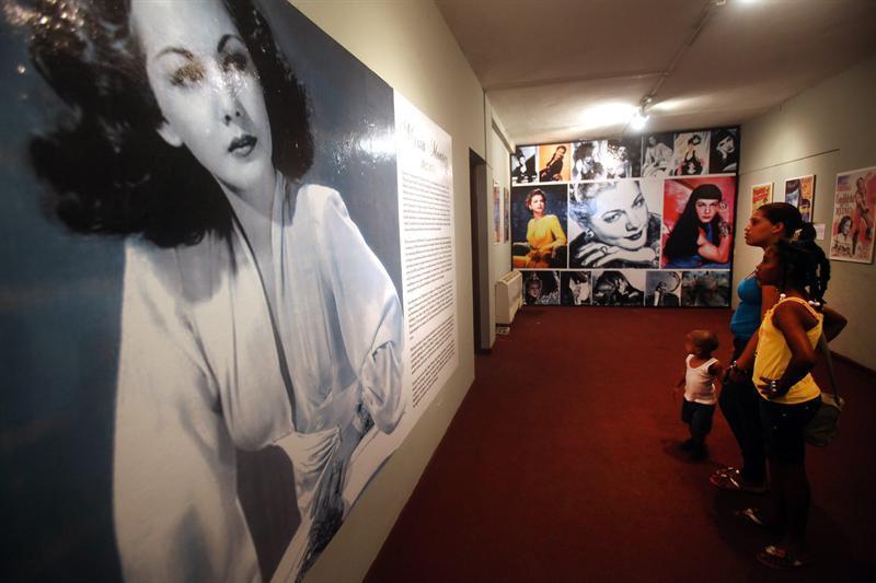 Exposición revive a la actriz María Montez, en centenario de su nacimiento