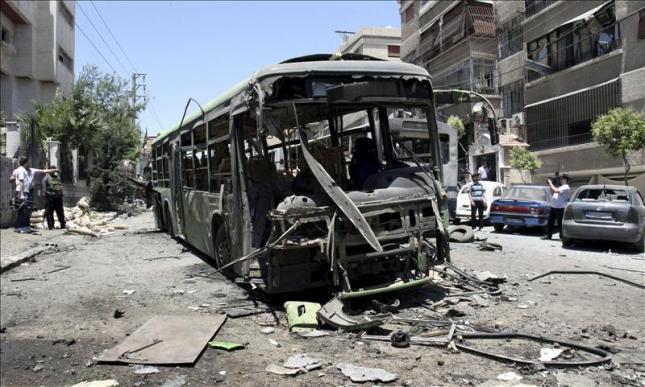 17 Muertos, entre ellos 10 mujeres, en ofensiva del Ejército sirio en Deraa