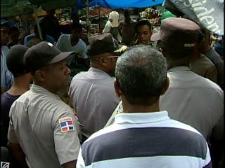 Buhoneros de la Duarte temen ser desalojados
