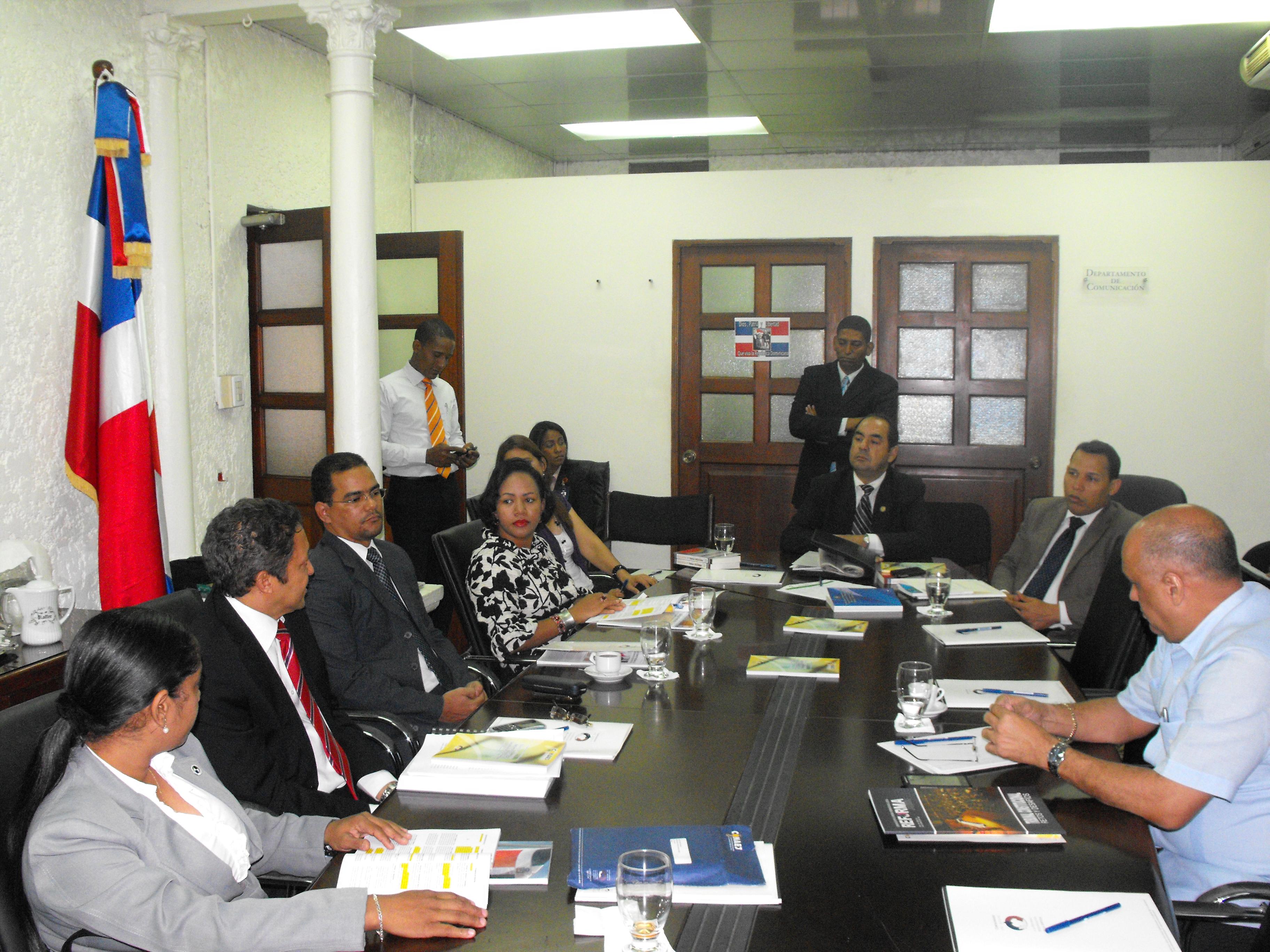 Juristas y expertos analizan aspectos Reforma Procesal Penal