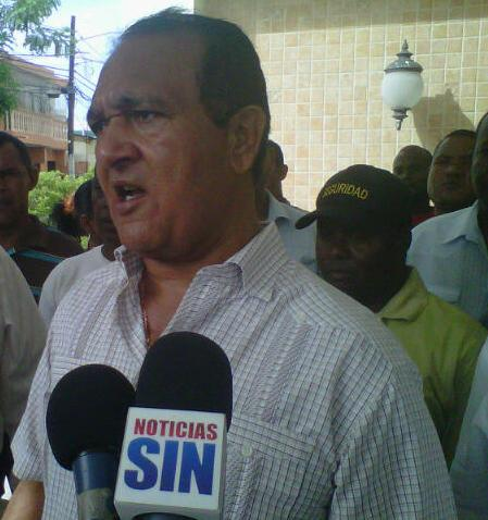 Antonio Marte rechaza decreto que crea Instituto del Transporte