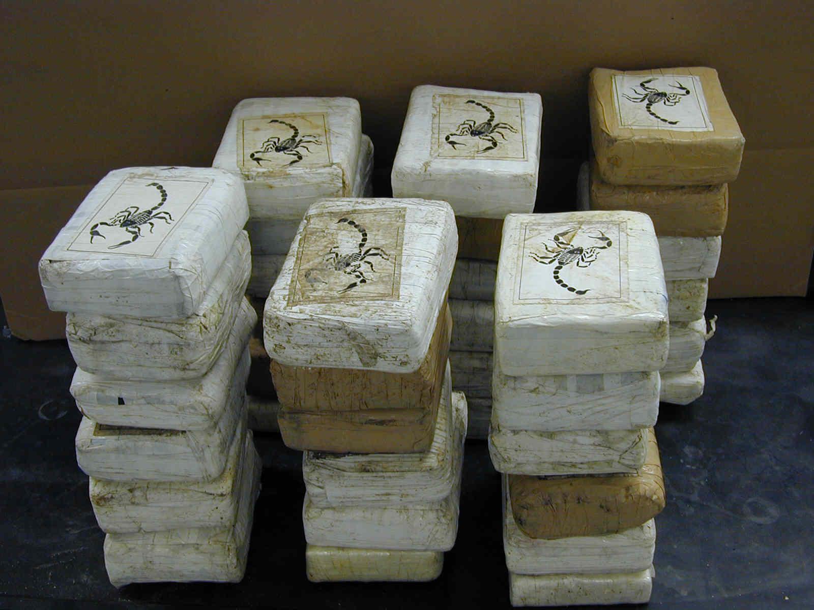 Decomisan 76 kilos de cocaína y 6 de heroína en Caucedo