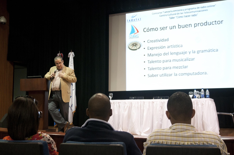 """INDOTEL y la CNSIC con el apoyo de la UNESCO celebran Taller sobre """"Cómo hacer radio"""