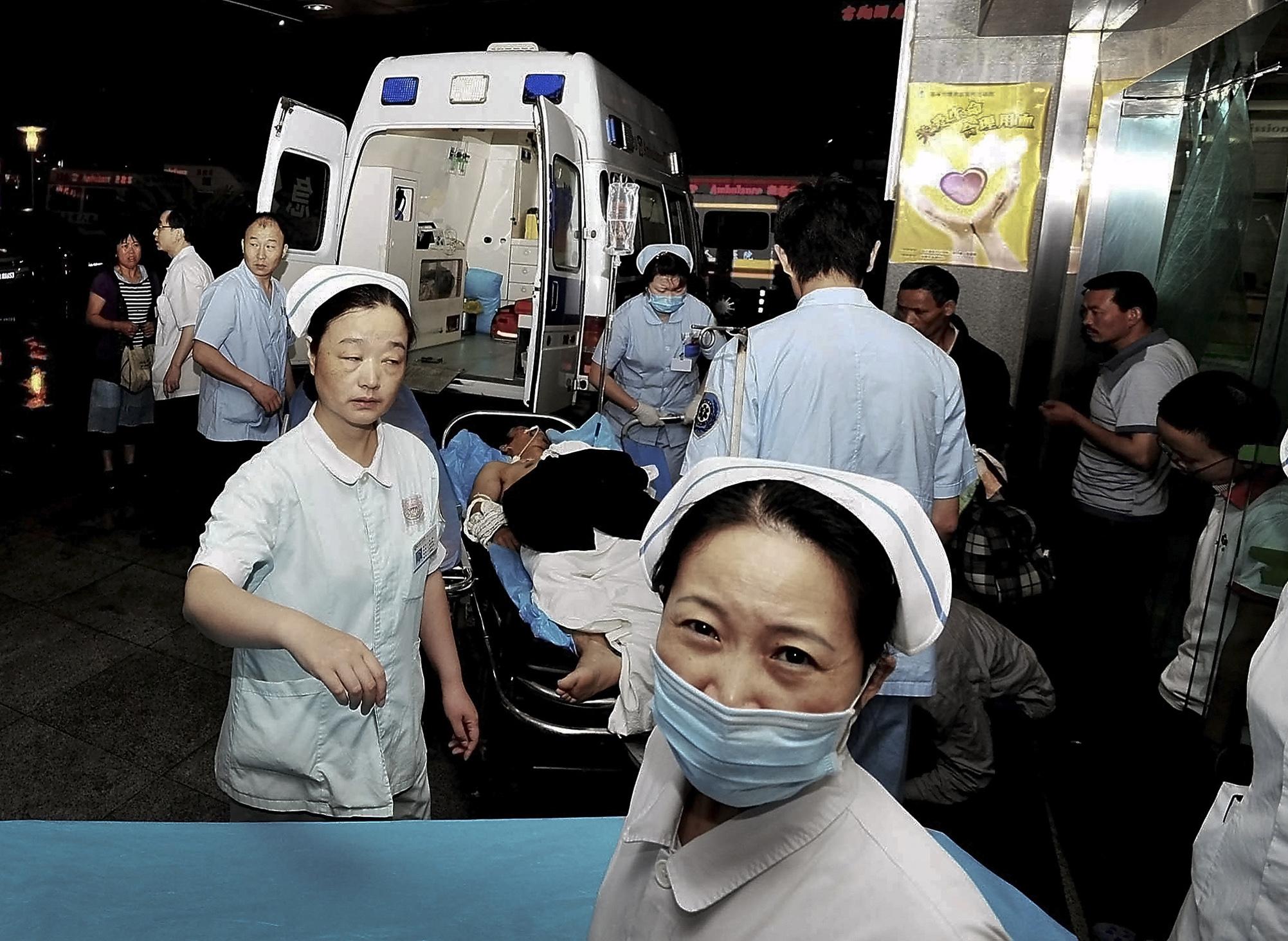 Al menos 14 muertos por las explosiones en dos fábricas pirotécnicas chinas
