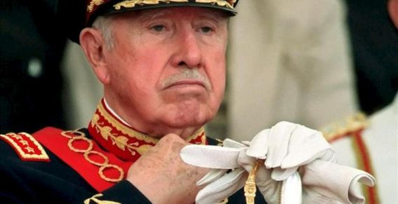 Homenaje a Pinochet revela el apoyo a la dictadura de grupos influyentes