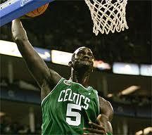 Garnett, Pierce y Pietrus ponen a Celtics a un triunfo de las Finales