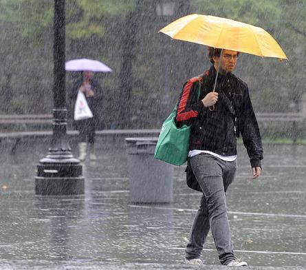 Vaguada seguirá provocando aguaceros en todo el país, según Meteorología