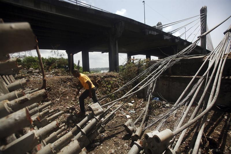 Presidente de Asociación de Metaleros dice robo de cables de puente Duarte podría ser un atentado