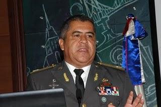 Percival Peña emplaza a Medina para que le permita investigar caso Súper Tucanos
