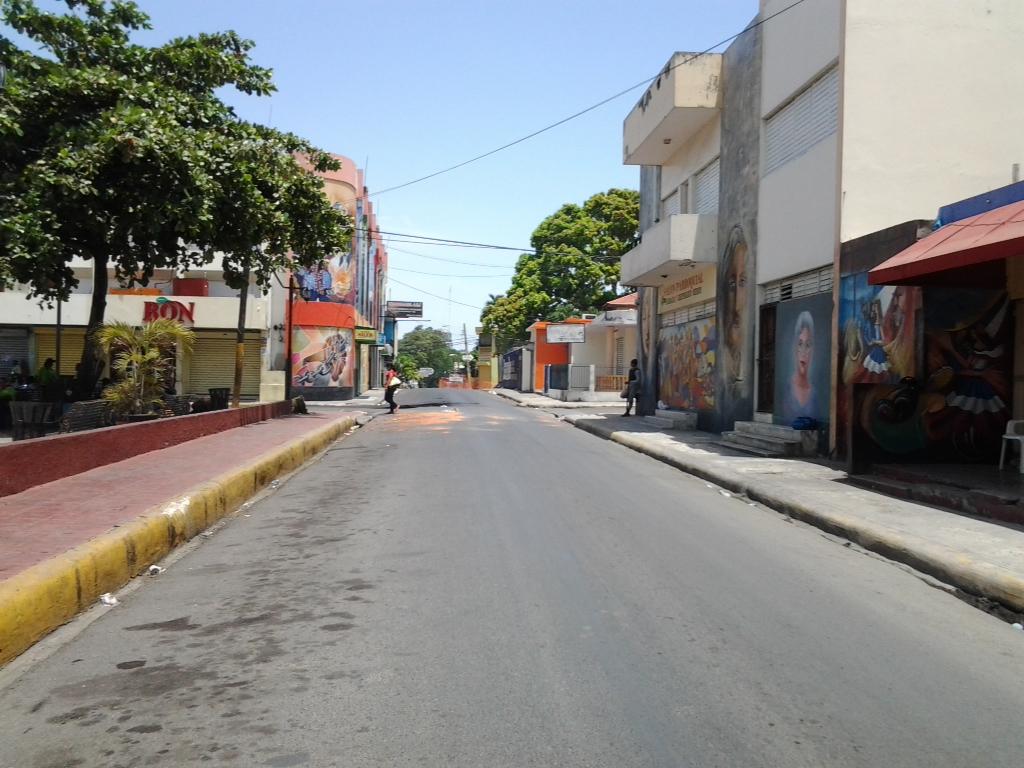 Dirigentes populares exigen presencia de autoridades civiles y militares en Salcedo