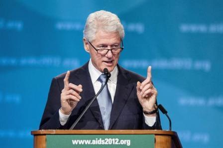 Bill Clinton lamenta que el crecimiento lo acumulen los más ricos en EE.UU