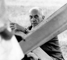 Fallece en París a los 91 años el cineasta e intelectual Chris Marker