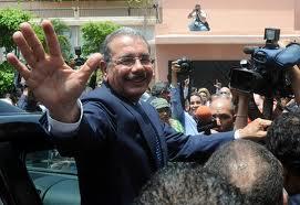 Danilo Medina debe establecer disciplina fiscal antes de la reforma, dice economista