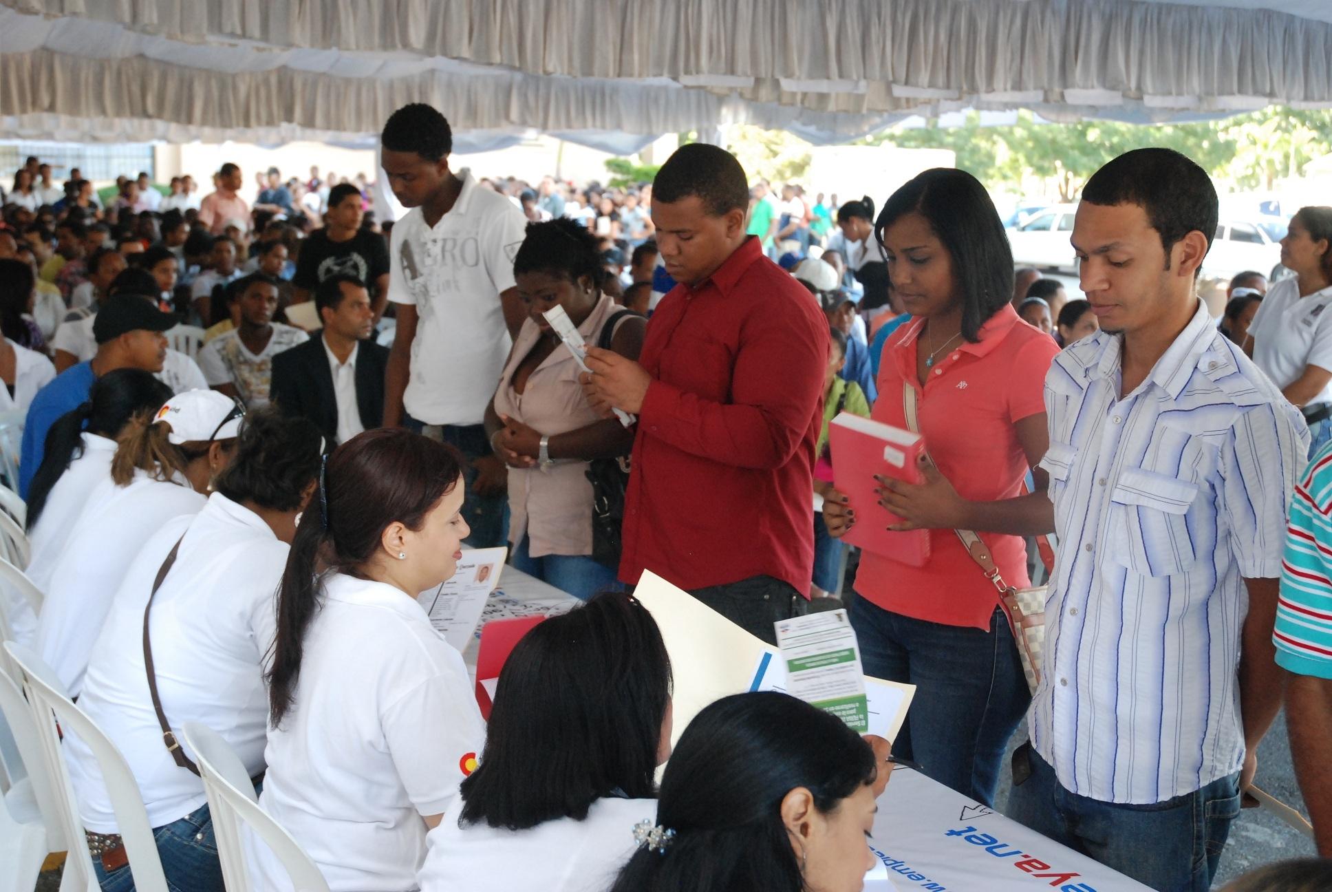 Ministerio de Trabajo realiza este viernes feria de empleos en Zona Universitaria