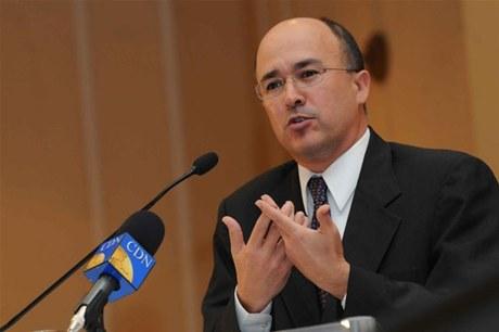 Ministro de trabajo favorece existan exclusiones en Ley de Salarios Públicos