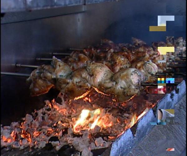 """Sector avícola dice tuvo pérdidas millonarias en el llamado """"Un día sin pollo"""""""