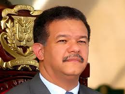 Presidente Fernández entrega obras en el Este