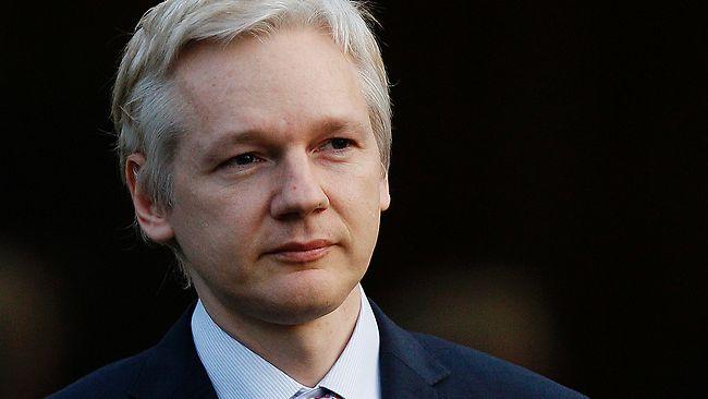 Fiscalía sueca pide a Apelación que mantenga orden de arresto contra Assange